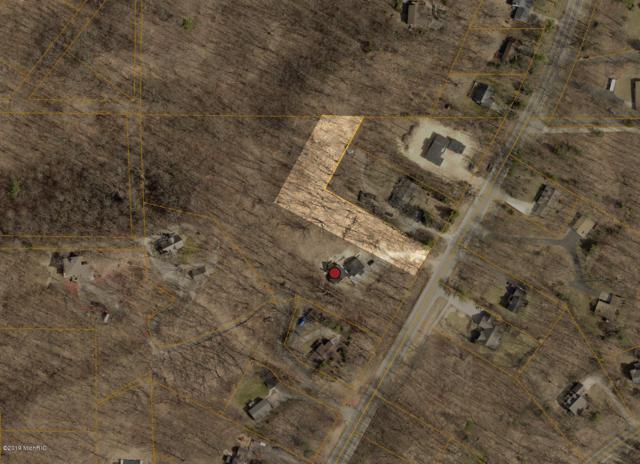 6713 Lakeshore Drive, West Olive, MI 49460 (MLS #19001703) :: Matt Mulder Home Selling Team