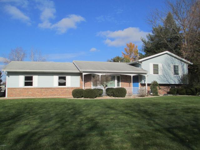 6615 Woodlea Drive, Kalamazoo, MI 49048 (MLS #19001713) :: Matt Mulder Home Selling Team