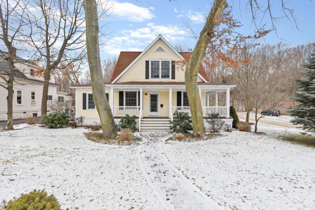 104 Williams Street, Grand Haven, MI 49417 (MLS #19001985) :: Matt Mulder Home Selling Team