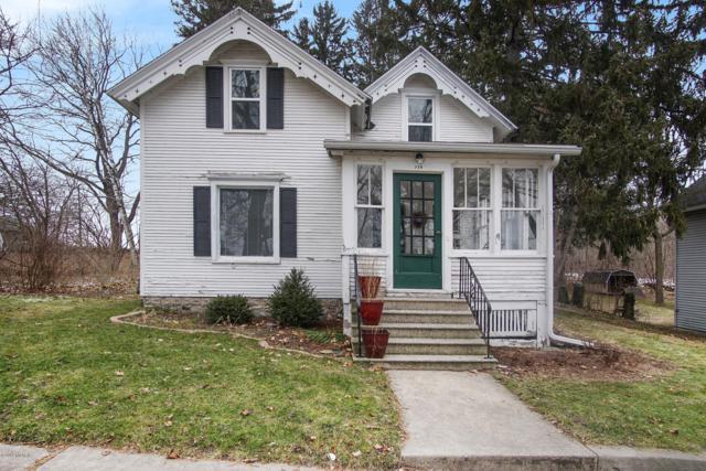318 W First Street, Fennville, MI 49408 (MLS #19001995) :: CENTURY 21 C. Howard