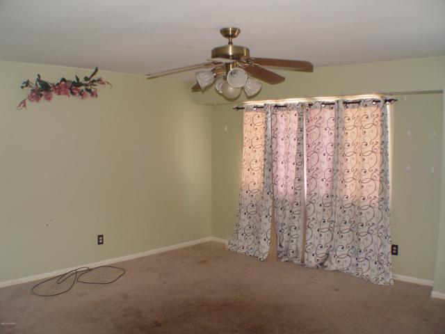 7105 S 12th Street, Kalamazoo, MI 49024 (MLS #19002090) :: Matt Mulder Home Selling Team