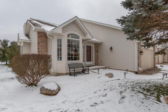 267 Round Hill, Kalamazoo, MI 49009 (MLS #19002121) :: Matt Mulder Home Selling Team