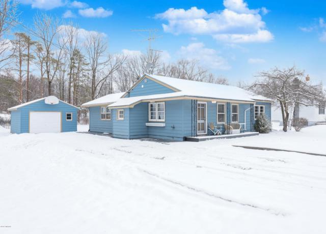 1421 Aberdeen Street NE, Grand Rapids, MI 49505 (MLS #19002130) :: Matt Mulder Home Selling Team