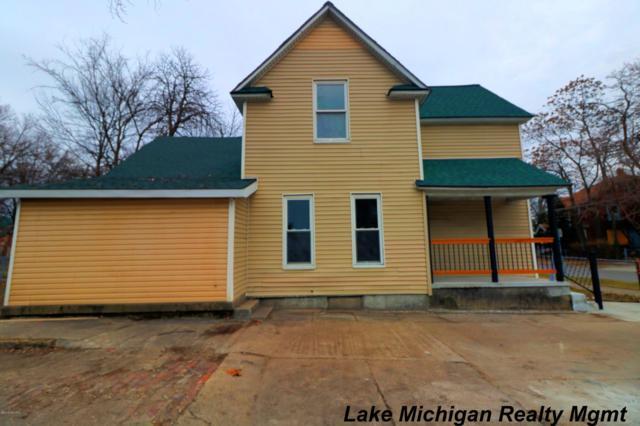 451 Franklin Street SW, Grand Rapids, MI 49503 (MLS #19002132) :: Matt Mulder Home Selling Team
