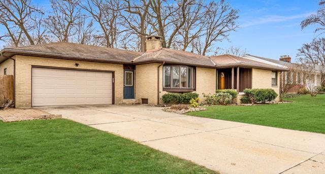 1854 7th Street NW, Grand Rapids, MI 49504 (MLS #19002161) :: Matt Mulder Home Selling Team