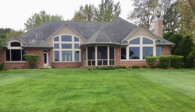 9958 W Gull Lake Drive, Richland, MI 49083 (MLS #19002259) :: JH Realty Partners