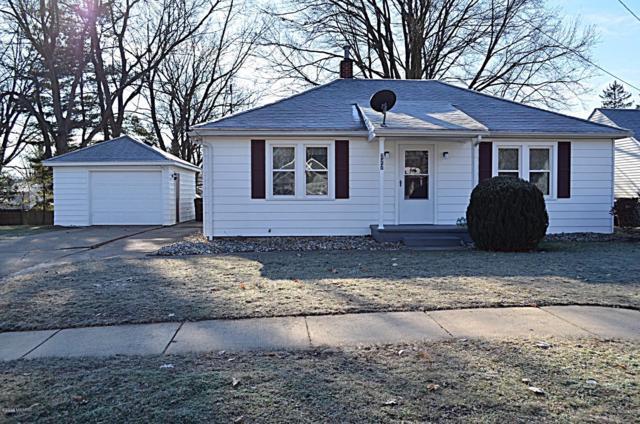 727 Center Street, Mason, MI 48854 (MLS #19002345) :: Deb Stevenson Group - Greenridge Realty