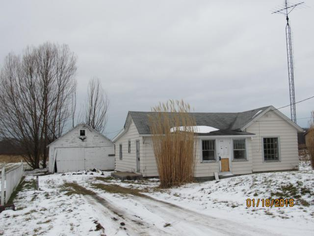 5504 Scottdale Road, St. Joseph, MI 49085 (MLS #19002492) :: Deb Stevenson Group - Greenridge Realty