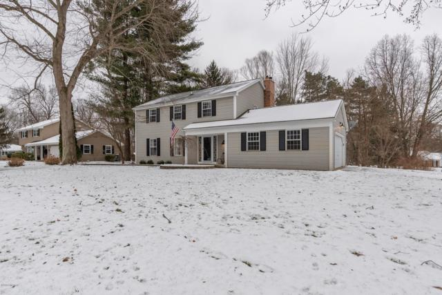 5275 Foxcroft Drive, Kalamazoo, MI 49009 (MLS #19002526) :: Matt Mulder Home Selling Team