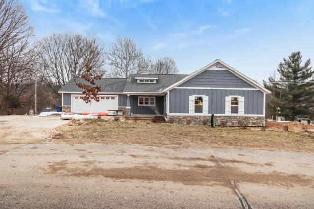 2700 Orange Court SE, Grand Rapids, MI 49546 (MLS #19002560) :: JH Realty Partners