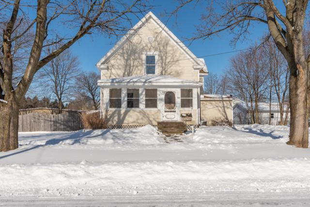 708 Draper Street, Vicksburg, MI 49097 (MLS #19002780) :: Deb Stevenson Group - Greenridge Realty