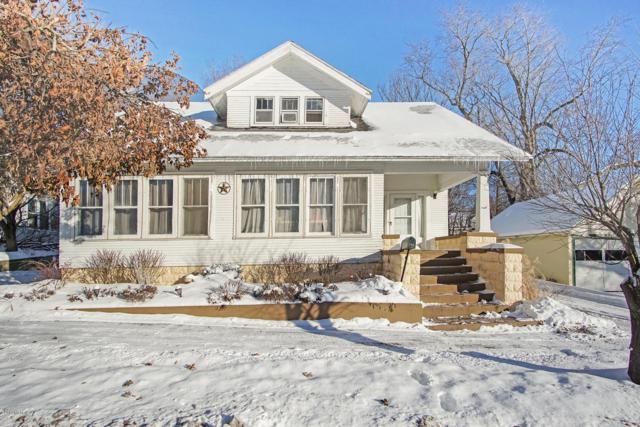 104 W Dewey Street, Buchanan, MI 49107 (MLS #19002784) :: JH Realty Partners