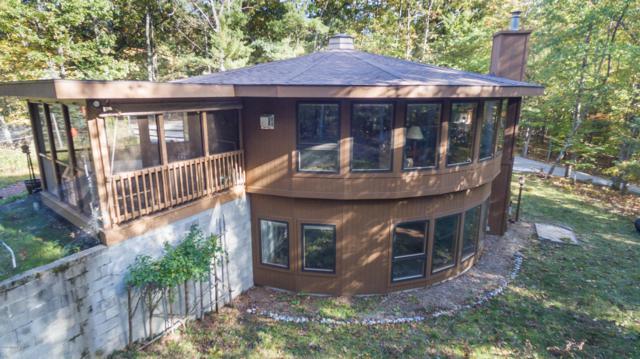 5969 N Wayne Avenue, Pentwater, MI 49449 (MLS #19002796) :: Deb Stevenson Group - Greenridge Realty