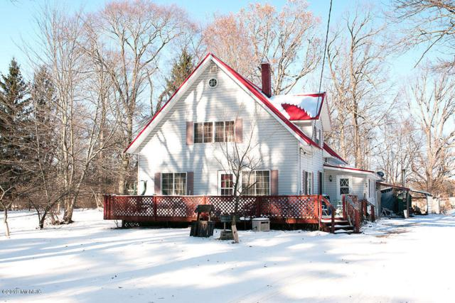 1675 E 8th Street, White Cloud, MI 49349 (MLS #19002859) :: Deb Stevenson Group - Greenridge Realty