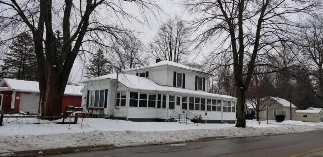 104 W Arlington, Bangor, MI 49013 (MLS #19003043) :: Deb Stevenson Group - Greenridge Realty