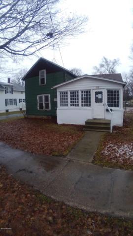 109 Michigan Avenue, Hartford, MI 49057 (MLS #19003140) :: Deb Stevenson Group - Greenridge Realty