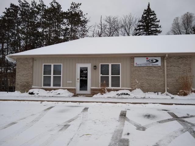 14998 Cleveland Street Unit D, Spring Lake, MI 49456 (MLS #19003945) :: Deb Stevenson Group - Greenridge Realty