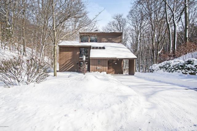 18470 N Shore Estates Road, Spring Lake, MI 49456 (MLS #19004018) :: JH Realty Partners