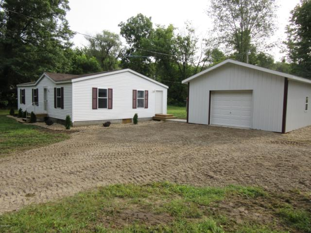 54677 California Road, Dowagiac, MI 49047 (MLS #19004155) :: Deb Stevenson Group - Greenridge Realty