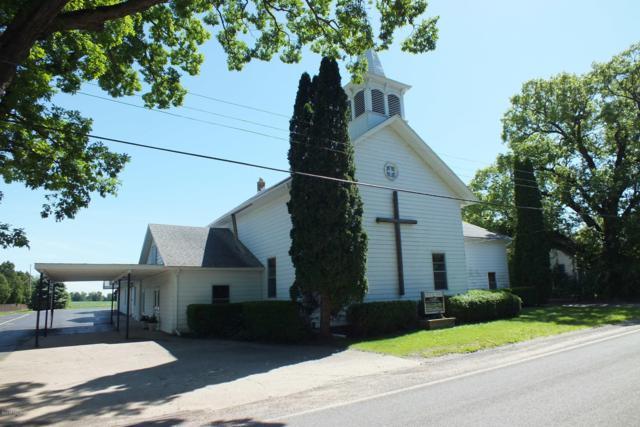 4395 W Hickory Road, Hickory Corners, MI 49060 (MLS #19004260) :: Deb Stevenson Group - Greenridge Realty