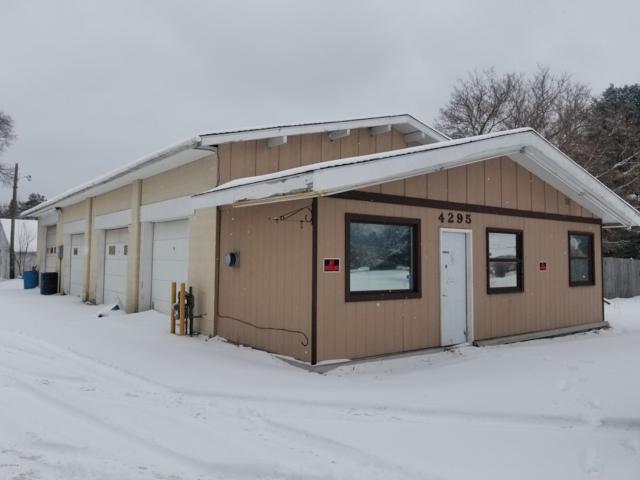 4295 E Apple Avenue, Muskegon, MI 49442 (MLS #19004399) :: Deb Stevenson Group - Greenridge Realty
