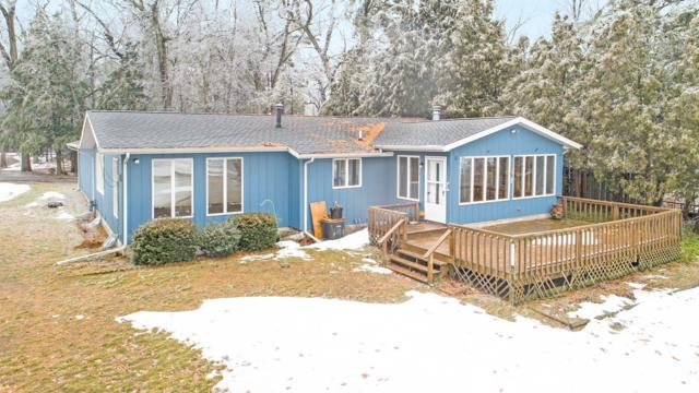 15321 Lake Avenue, Grand Haven, MI 49417 (MLS #19004562) :: JH Realty Partners
