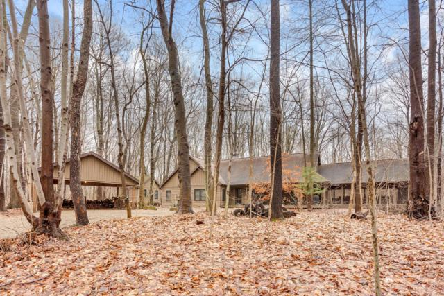 31 Camp Madron Road, Buchanan, MI 49107 (MLS #19004726) :: Deb Stevenson Group - Greenridge Realty