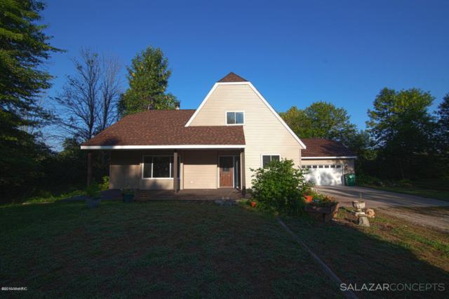 15593 144th Avenue, Spring Lake, MI 49456 (MLS #19004856) :: Deb Stevenson Group - Greenridge Realty