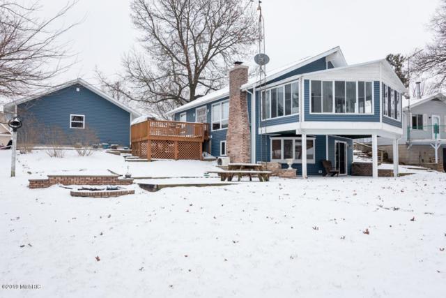 92974 Lakeshore Drive, Lawton, MI 49065 (MLS #19004958) :: Matt Mulder Home Selling Team