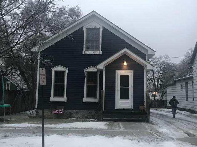 108 S Webster Street, Greenville, MI 48838 (MLS #19004987) :: JH Realty Partners
