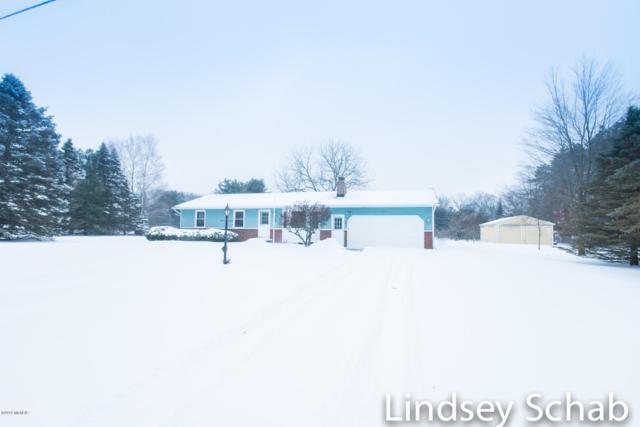 4540 13 Mile Road NE, Rockford, MI 49341 (MLS #19005141) :: Deb Stevenson Group - Greenridge Realty