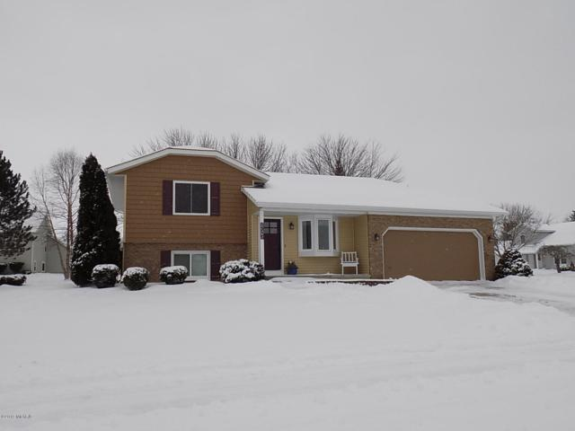 1210 Lexington Road, Holland, MI 49423 (MLS #19005276) :: Deb Stevenson Group - Greenridge Realty