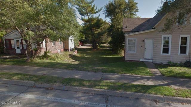 499 W Muskegon Avenue, Muskegon, MI 49440 (MLS #19005348) :: Deb Stevenson Group - Greenridge Realty