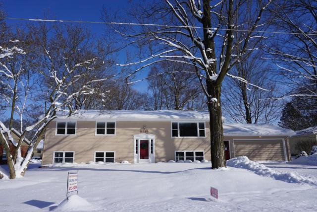 8725 Maplewood, Berrien Springs, MI 49103 (MLS #19005443) :: Deb Stevenson Group - Greenridge Realty