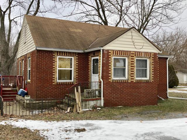 125 S Euclid Avenue, Benton Harbor, MI 49022 (MLS #19005467) :: Deb Stevenson Group - Greenridge Realty