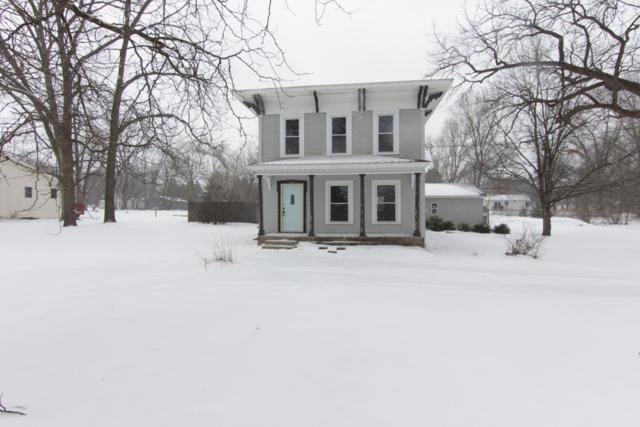 806 E Third Street, Lawton, MI 49065 (MLS #19005521) :: Deb Stevenson Group - Greenridge Realty
