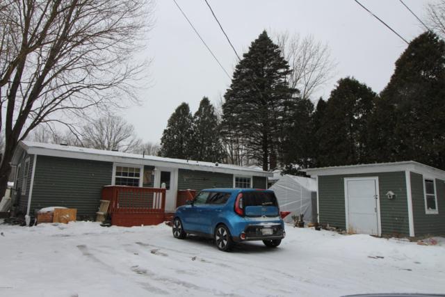 2190 Vista Point Drive, Wayland, MI 49348 (MLS #19005556) :: Deb Stevenson Group - Greenridge Realty