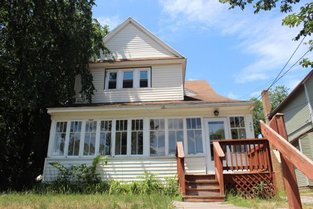 263 Straight Avenue SW, Grand Rapids, MI 49504 (MLS #19005577) :: Deb Stevenson Group - Greenridge Realty
