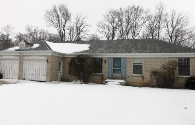 3029 Beechcrest Drive, Hudsonville, MI 49426 (MLS #19005587) :: Deb Stevenson Group - Greenridge Realty