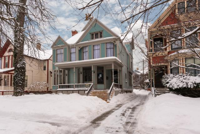 268 Paris Avenue SE, Grand Rapids, MI 49503 (MLS #19005618) :: JH Realty Partners