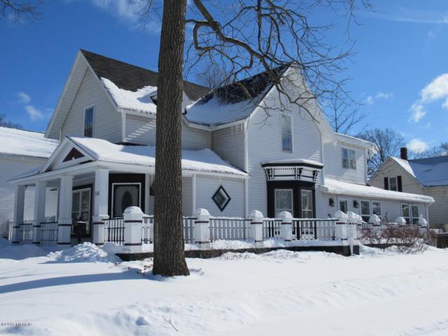 304 Howard Street, Cadillac, MI 49601 (MLS #19005760) :: CENTURY 21 C. Howard