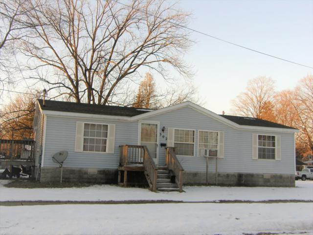302 W Sherwood Street, Decatur, MI 49045 (MLS #19005941) :: CENTURY 21 C. Howard