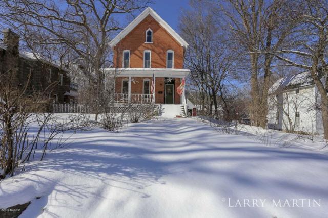121 Park, Allegan, MI 49010 (MLS #19006128) :: CENTURY 21 C. Howard