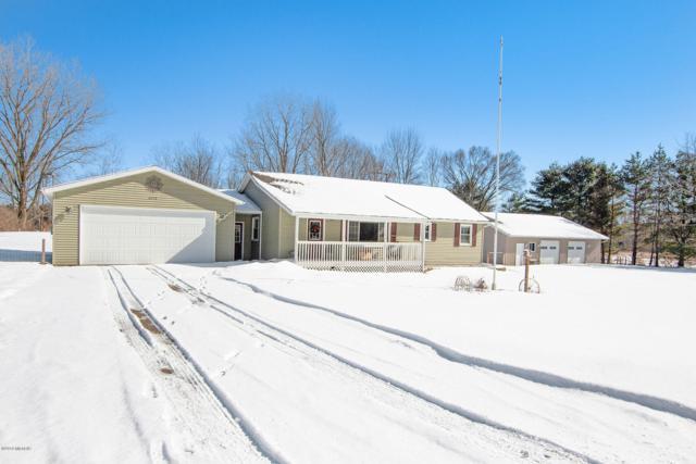 6218 S Moorland Road, Ravenna, MI 49451 (MLS #19006179) :: Matt Mulder Home Selling Team