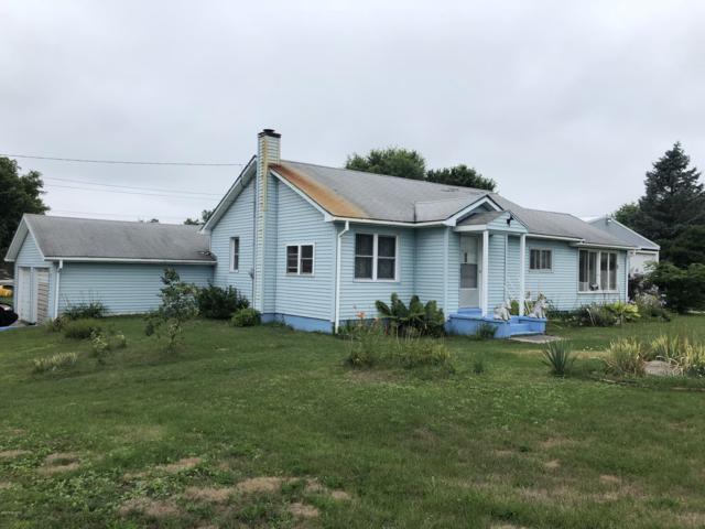 7019 S Rosecrans Street, Chase, MI 49623 (MLS #19006259) :: Deb Stevenson Group - Greenridge Realty