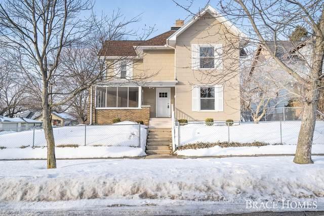 101 Dean Street NE, Grand Rapids, MI 49505 (MLS #19006390) :: CENTURY 21 C. Howard