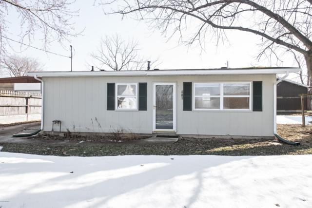 609 Sherwood Street, Three Oaks, MI 49128 (MLS #19006461) :: Deb Stevenson Group - Greenridge Realty