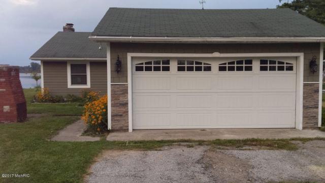 68332 Channel Parkway, Edwardsburg, MI 49112 (MLS #19006782) :: Matt Mulder Home Selling Team