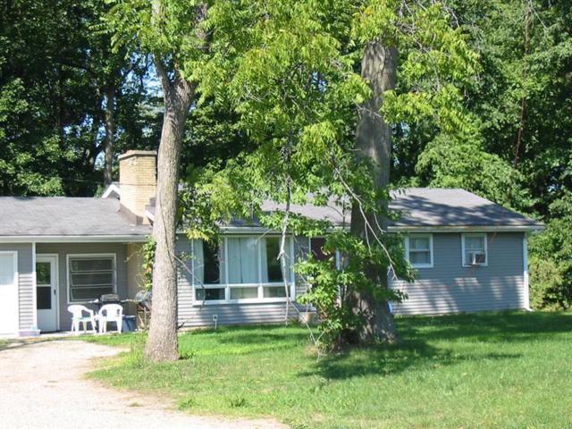 56642 46 1/2 Street, Lawrence, MI 49064 (MLS #19007854) :: Deb Stevenson Group - Greenridge Realty