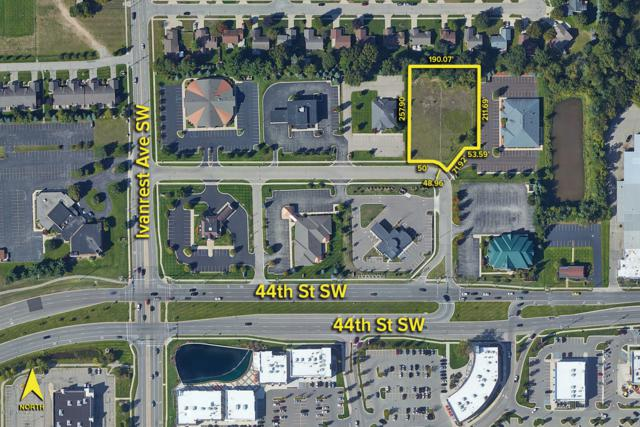 3077 Macatawa Drive, Grandville, MI 49418 (MLS #19007876) :: JH Realty Partners